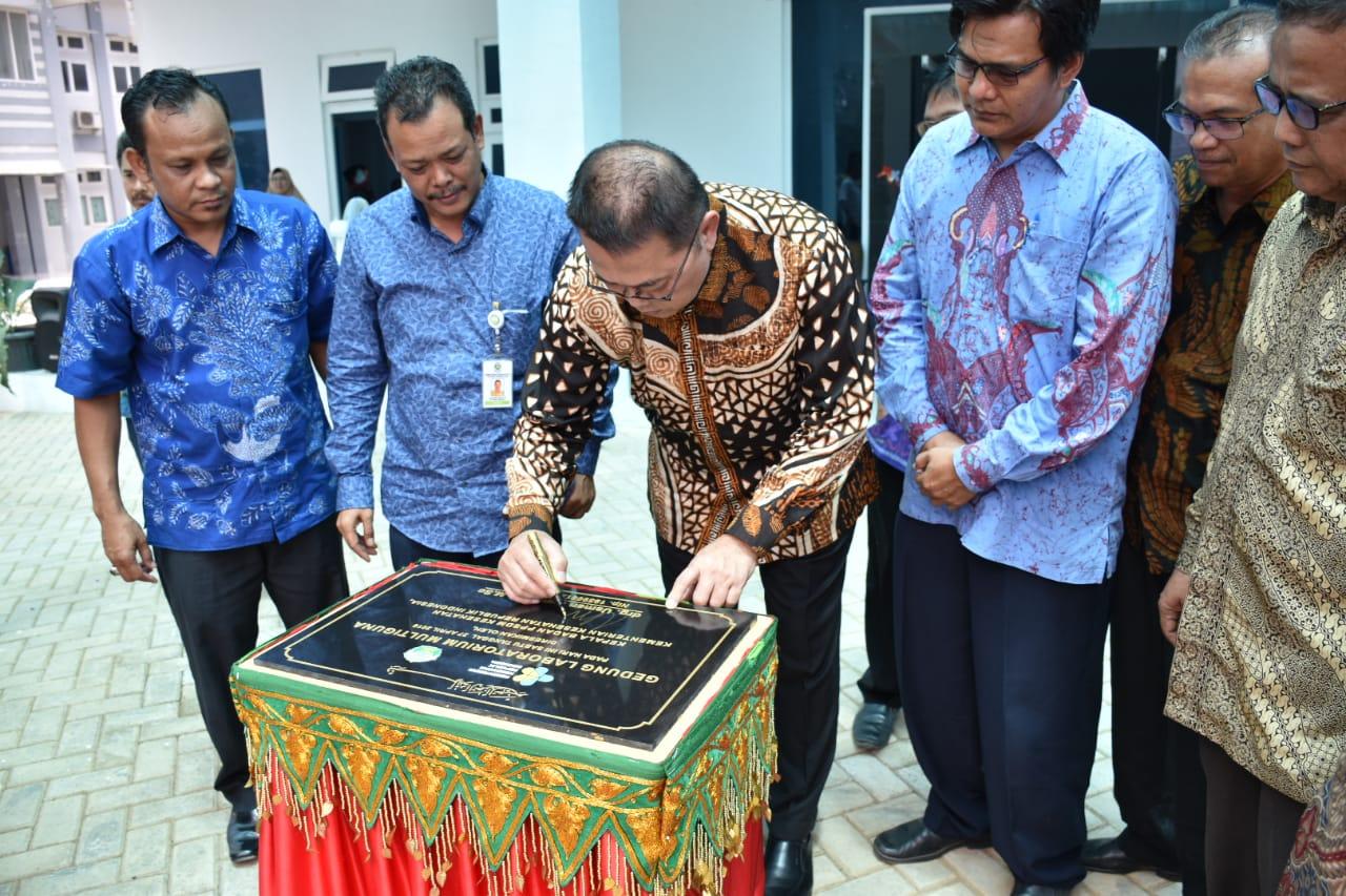 Ka Badan PPSDMKes Resmikan LAB Multi Guna Poltekkes Aceh